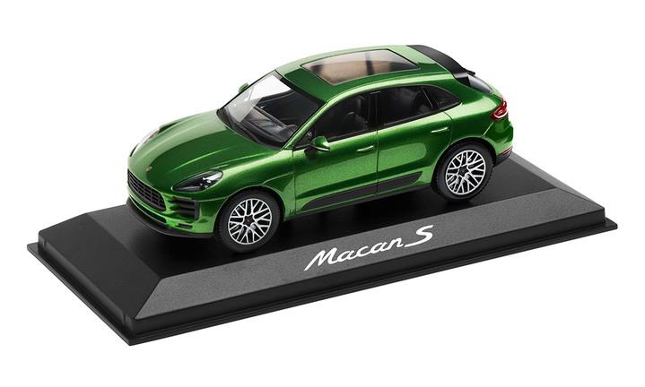 1:43 Model Car   Macan S in Mamba Green Metallic