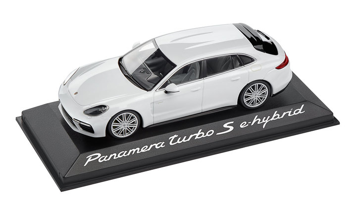 1:43 Model Car | Panamera Sport Turismo Turbo S E Hybrid in Carrara White Metallic