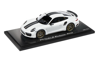 911 Turbo S Exclusive Series – Limited Edition; carraraweißmetallic; 1:18