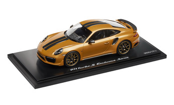 911 Turbo S Exclusive Series – Limited Edition; golden  yellow metallic; 1:18