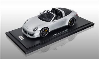 911 (991) Targa 4S Exclusive Mayfair Edition, silbermetallic 1:18