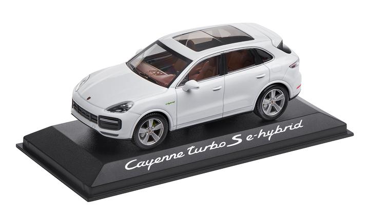 Cayenne Turbo S E-Hybrid, 1:43